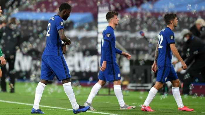 hàng thủ Chelsea mong manh