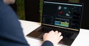 Apple có thể chuyển sang sử dụng AMD
